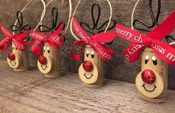 Reinventing Wine Corks – Adorable Reindeer Idea