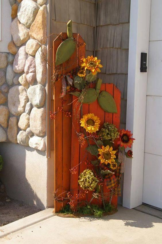 Spectacular Sunflowers - Fall Decorations for Outside