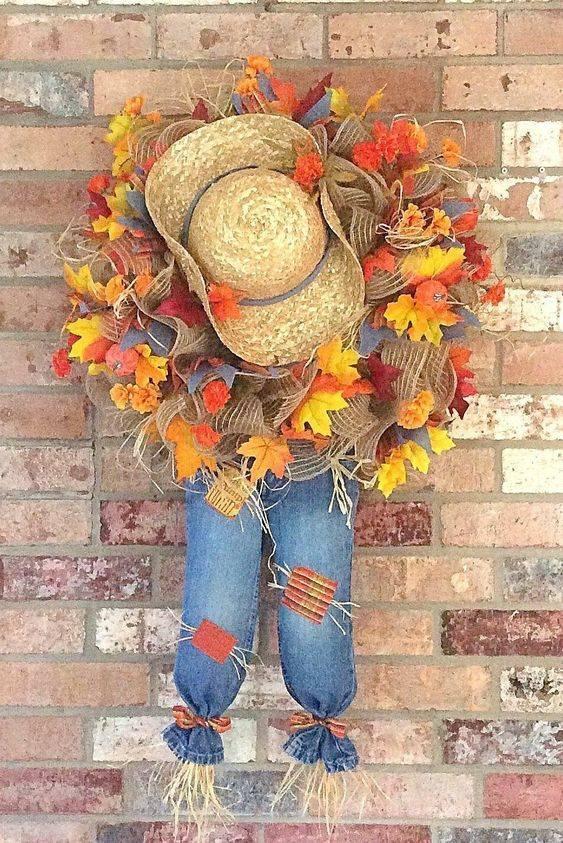 A Scarecrow Wreath - Cute and Fun