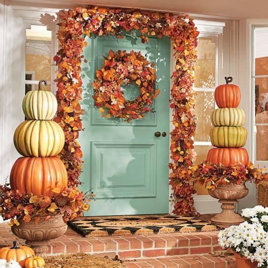 Pumpkin Topiaries - Towers of Pumpkins