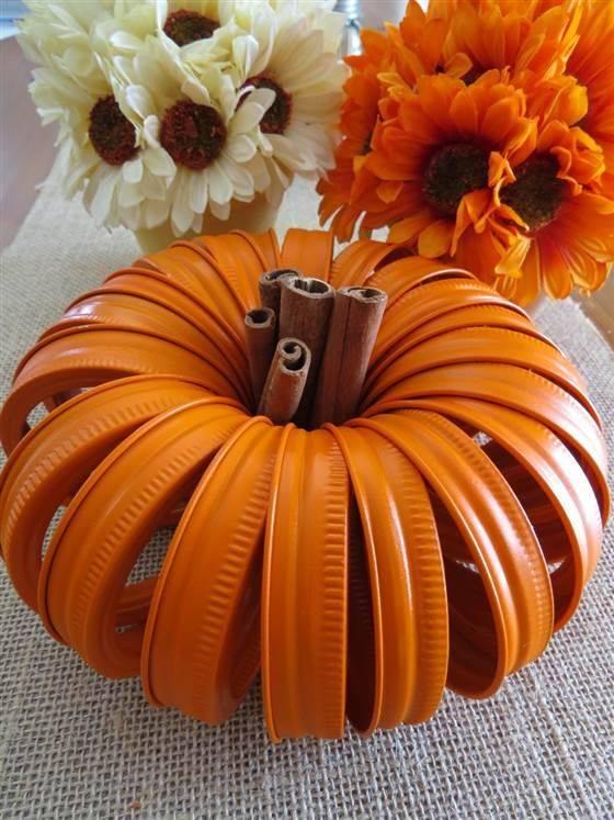 Mason Jar Lid Pumpkins - Fall Table Centrepieces