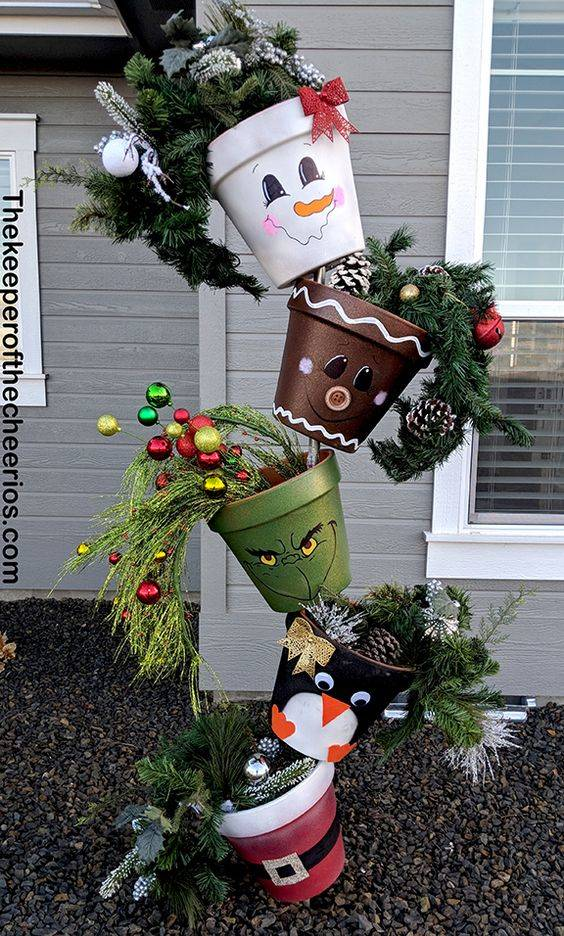Topsy Turvy Christmas Pots - Cute and Creative