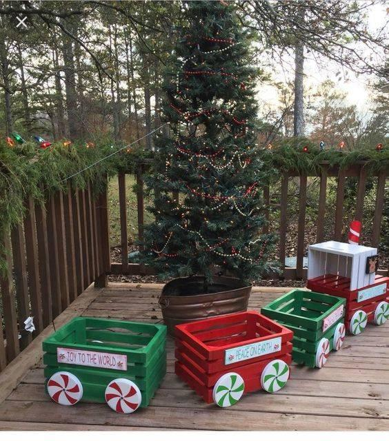 A Cute Christmas Train - Outdoor Christmas Decoration Ideas
