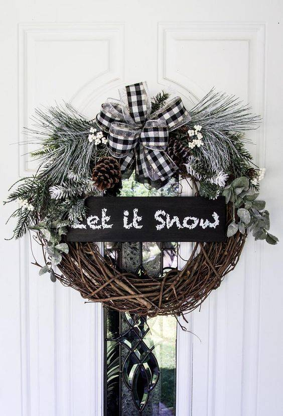 Waiting for Snow - Winter Wreath Ideas
