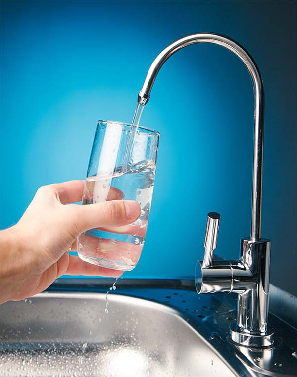 Bottled Water vs. Tap Water: Which One Is Best For You?