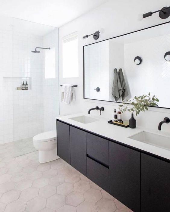 Black and White - Simplistic Master Bathroom Ideas