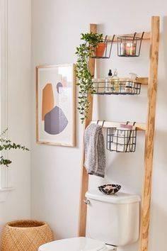 DIY Bathroom Storage Ladder - Effortless and Great