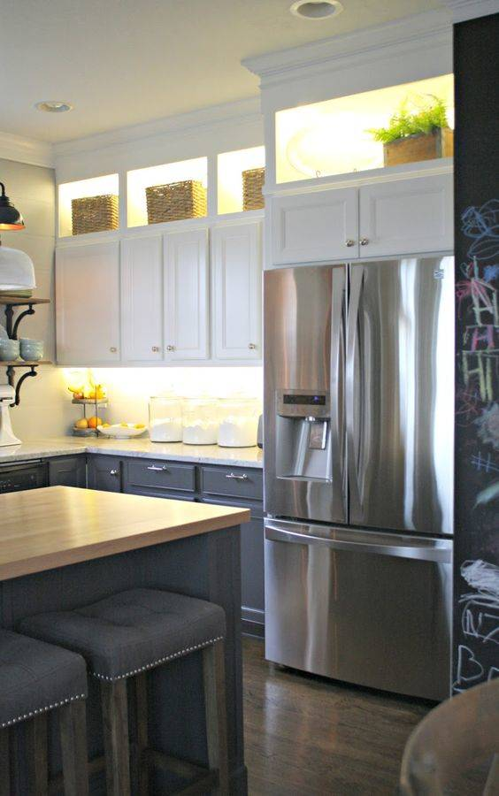 Lighting the Top Shelves – Kitchen Cabinet Lighting