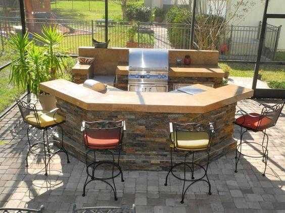 Add a Dining Area – Great for Garden Parties