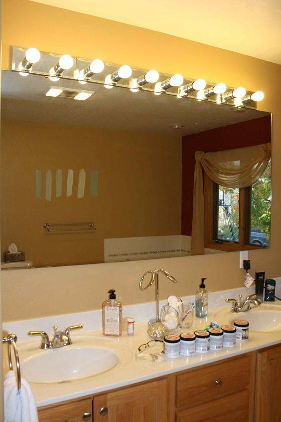 A Vintage Vibe - Fabulous Lighting for Your Bathroom