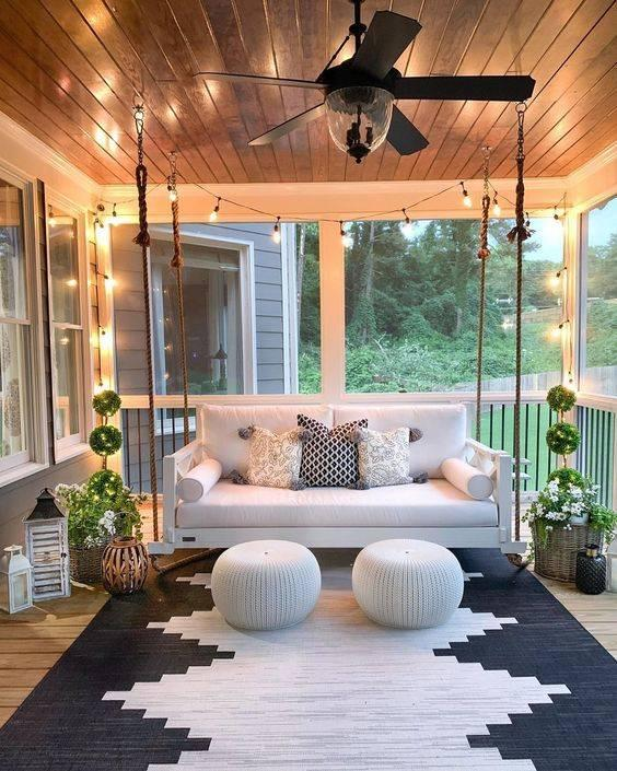 A Hanging Chair - A Romantic Design
