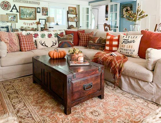 Getting All Cosy - Fall Living Room Decor Ideas