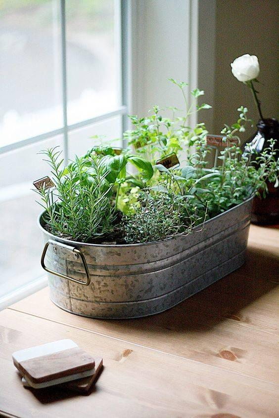 Reinvent a Galvanized Tub - Rustic and Different