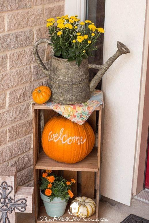 A Welcome Sign - Front Porch Fall Decorating Ideas