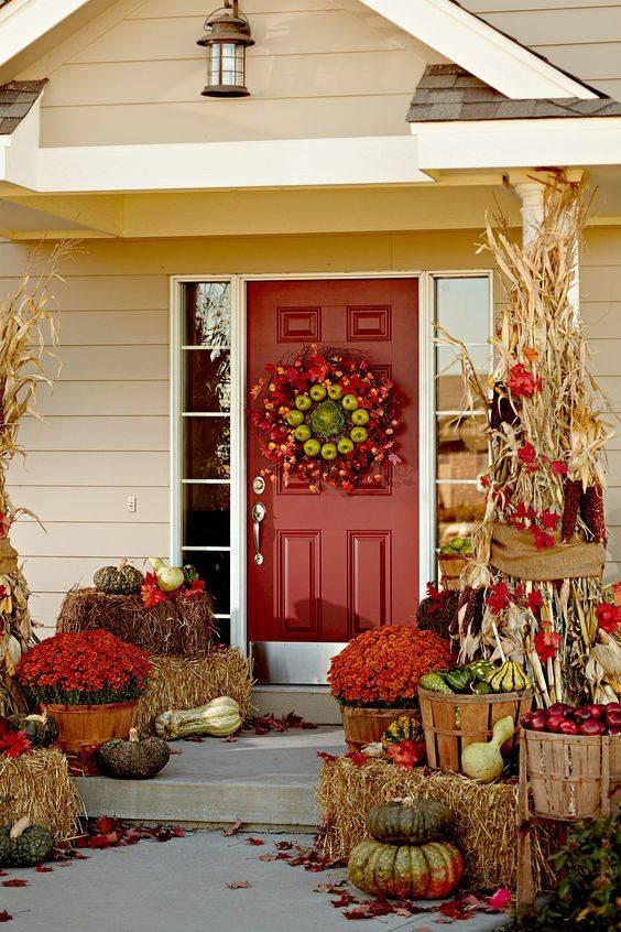 Amazing with Apples - Fall Porch Decorations