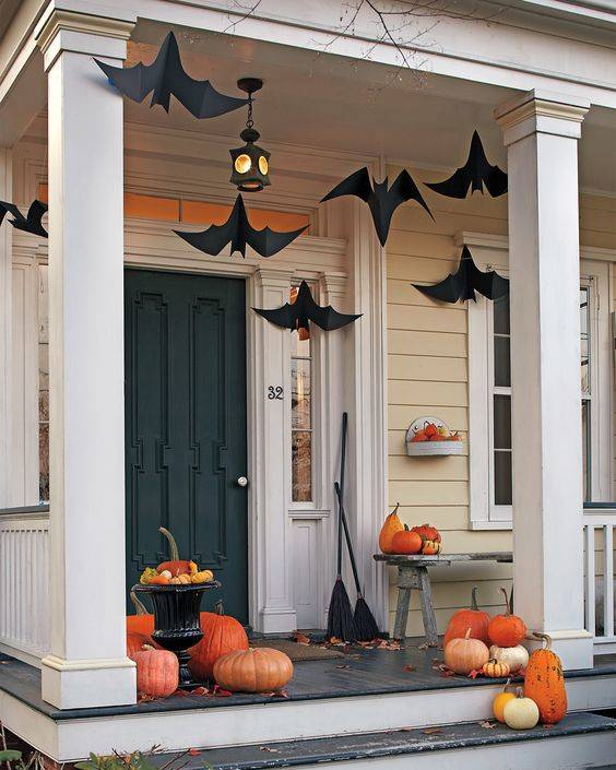 Bold Black Bats - Make Them Yourself
