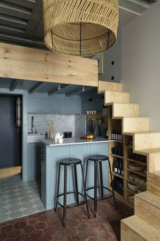 A Miniature Pantry - Practical and Stunning