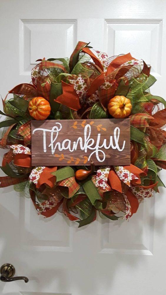 Giving Thanks - Thanksgiving Door Decorating Ideas
