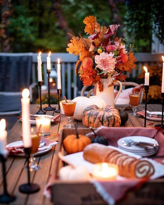 Spectacular Seasonal Flowers - Thanksgiving Table Decor Ideas