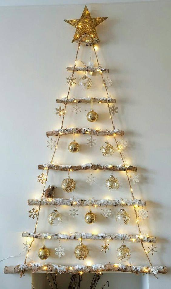 A Gorgeous Glow - Gold and White Decorations