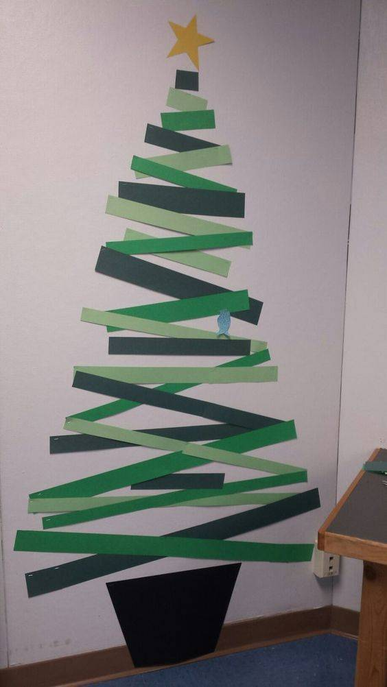 Cuts of Paper - Wall Christmas Tree Ideas