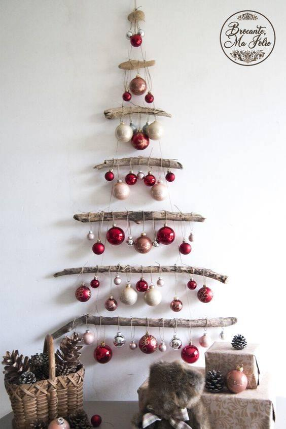 Driftwood and Ornaments - A Beautiful Look