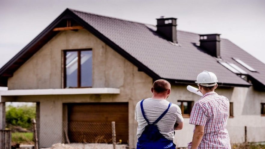 Production Versus Custom Home Builders: What's the Difference? - NewHomeSource