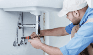 How-to-Choose-the-Best-Local-Plumber.png